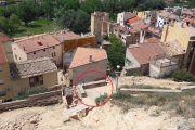 Sale a la luz el penúltimo torreón de la muralla de Alcañiz