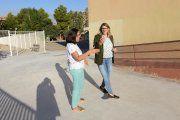 Alcañiz. Se talan dos árboles y se mejora el pavimento del colegio Emilio Díaz