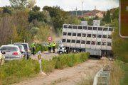 Fallecido al chocar un turismo y un camión en Híjar
