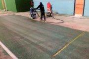 Renuevan el pavimento del pabellón de Caspe