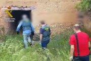 Un detenido y dos investigados por robo y tenencia de armas en Torrevelilla