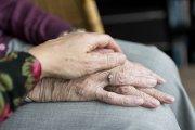 Los mayores que viven en residencias podrán pasar un mes o más con sus familias