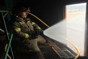 Sofocan un complicado incendio en una fábrica de frutos secos de Valderrobres