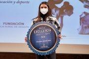 La atleta alcañizana Paloma Lizana recibe la Beca Excelencia