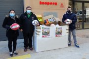Alcorisanos donan 275 balones como regalos de Reyes