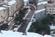 Retiran pinos que afectan a carreteras en Alcañiz