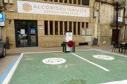Instalan un punto de recarga de coches eléctricos en Alcorisa
